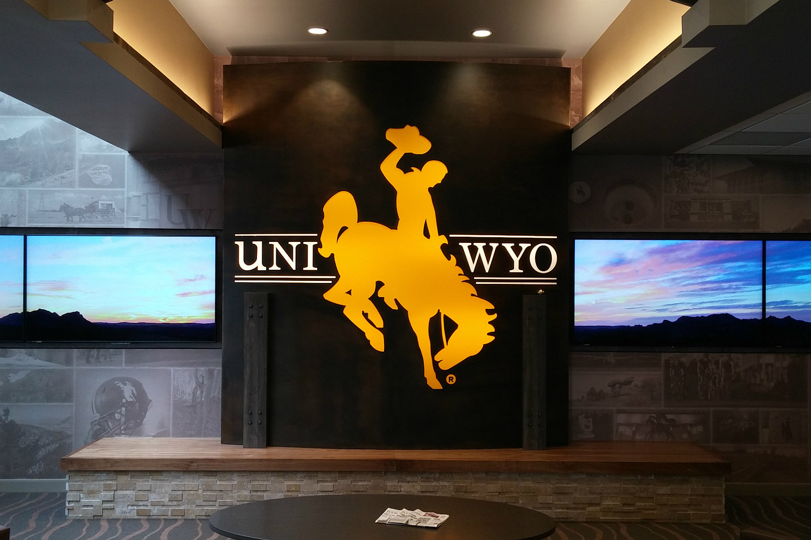 UniWyo FCU Grand Ave